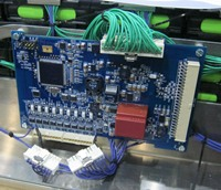 The Ricardo Voltage/Temperature Balancing Module on the SmartBatt unit