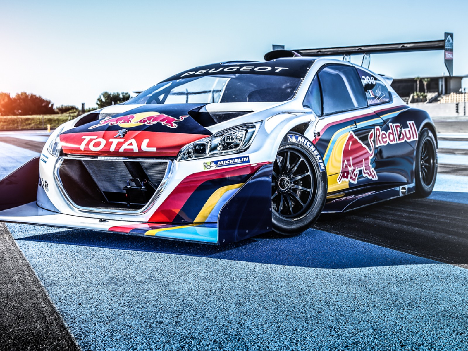 208 T16 Pikes Peak Red Bull