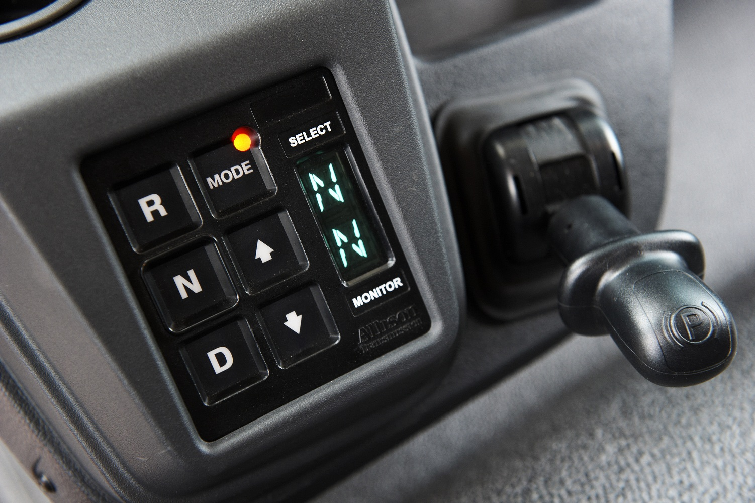Automatic gearbox lever of the 16t Midlum Electric Vehicle
