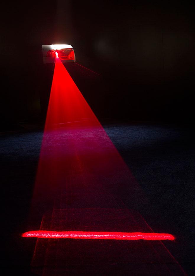 Technologie d'éclairage matriciel LED OLED AMOLED d'Audi