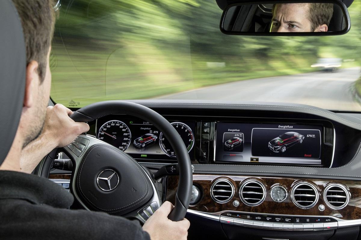 Mercedes-Benz S 500 PLUG-IN HYBRID 2013 dashboard
