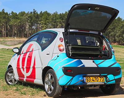 Prototype Citroën C1 Phinergyavec une batterie Al-Air