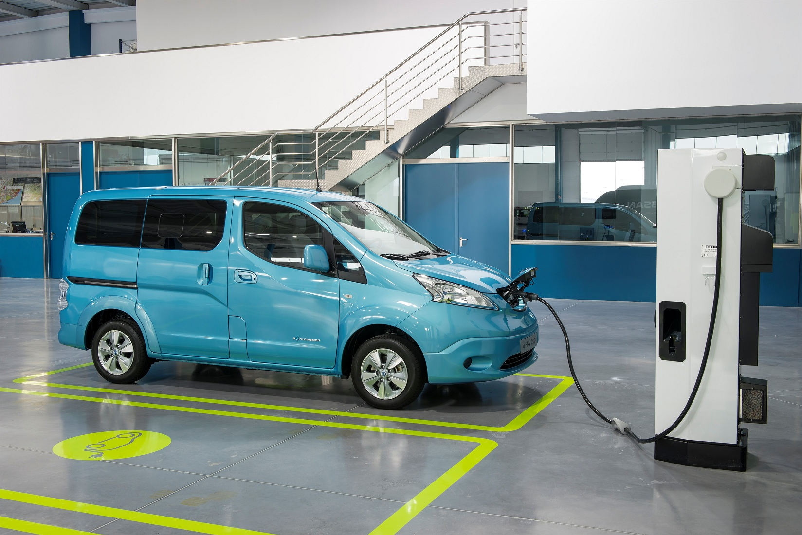 Charging the Nissan e-NV200