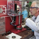 Dr.-Gerd-Dornhöfer-in-the-research-laboratory