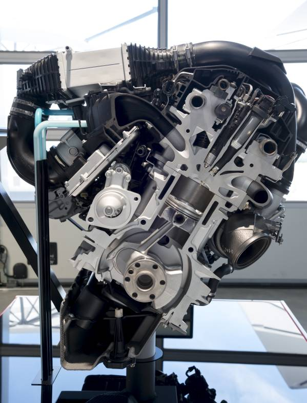 Technologie d'injection directe d'eau sur un moteur 3 cylindres essence BMW