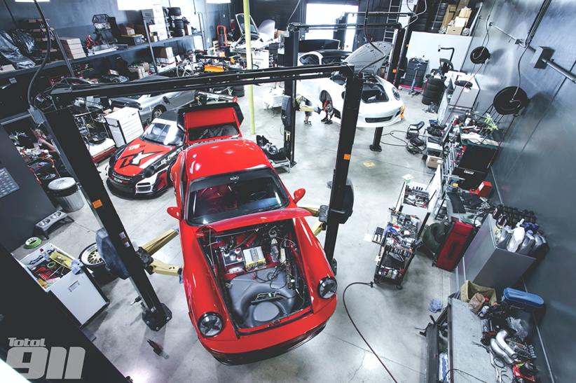 BBI Autosport - Total 911