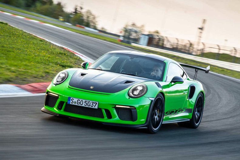 2018 Porsche 991.2 911 GT3 RS performance review | MOTOR